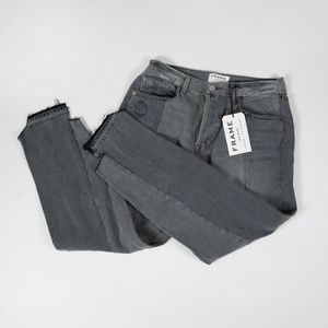 FRAME Gray Straight Crop Jeans - 29